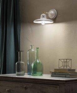 Ceramic wall lamp
